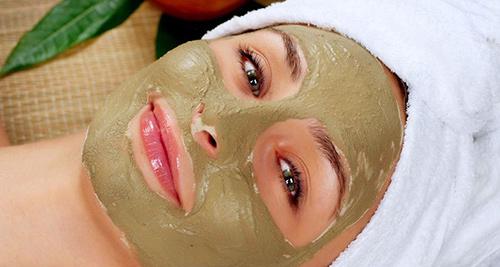Maska z bentonítového ílu